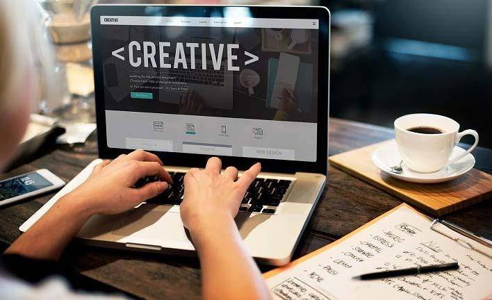 طراح وب سایت کیست ؟